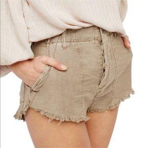 Free People cotton standoff khaki shorts